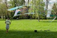 creating large bubbles